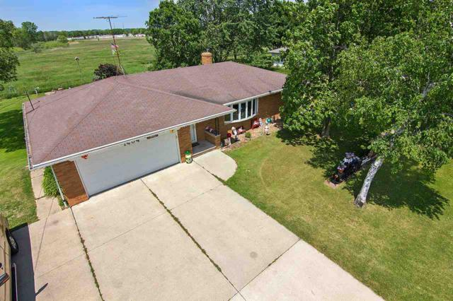 1404 Lime Kiln, Green Bay, WI 54311 (#50165730) :: Dallaire Realty