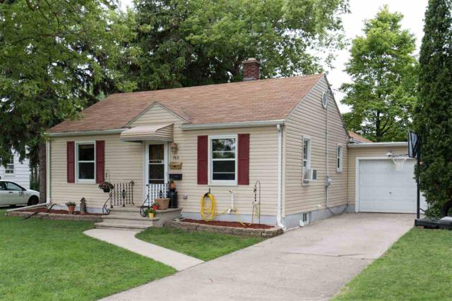 763 Madison, Neenah, WI 54956 (#50168237) :: Dallaire Realty