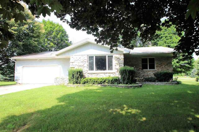 2907 St Pats, Green Bay, WI 54313 (#50168272) :: Dallaire Realty