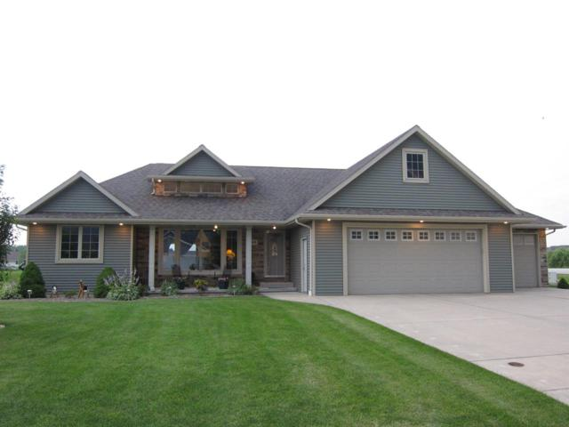 104 Norman, Wrightstown, WI 54180 (#50168360) :: Dallaire Realty