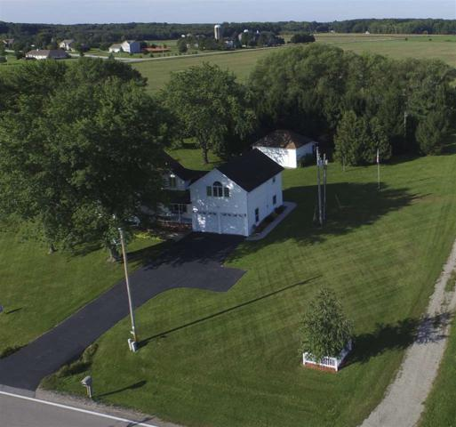 2691 Flintville, Suamico, WI 54313 (#50168390) :: Dallaire Realty