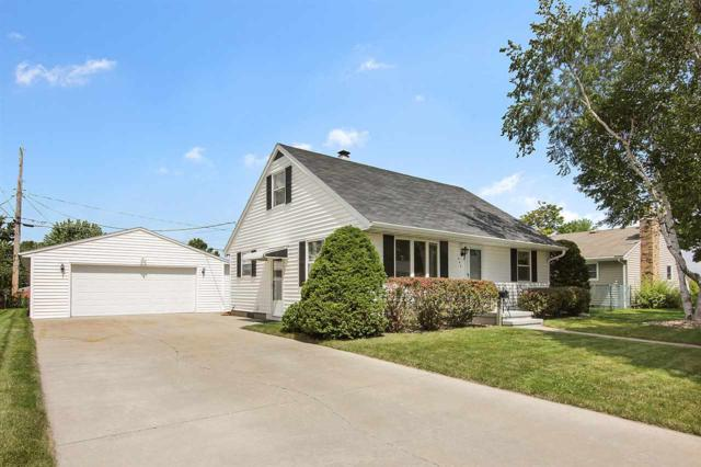 444 Patrick Street, Combined Locks, WI 54113 (#50169738) :: Dallaire Realty