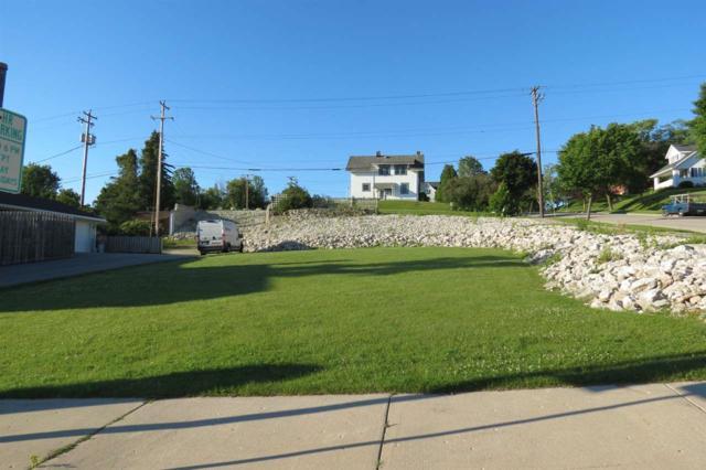 320 Ellis Street, Kewaunee, WI 54216 (#50170619) :: Dallaire Realty