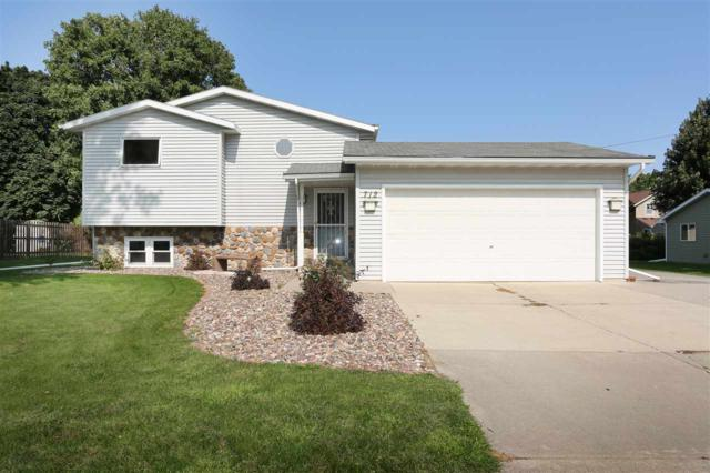 712 Park Street, Wrightstown, WI 54180 (#50171399) :: Dallaire Realty