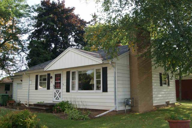 216 S Karlyn Street, Kimberly, WI 54136 (#50171422) :: Dallaire Realty