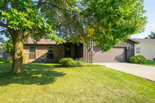 113 Alexander Drive, Neenah, WI 54956 (#50171632) :: Dallaire Realty