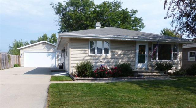 305 Brantwood Drive, Neenah, WI 54956 (#50171859) :: Dallaire Realty