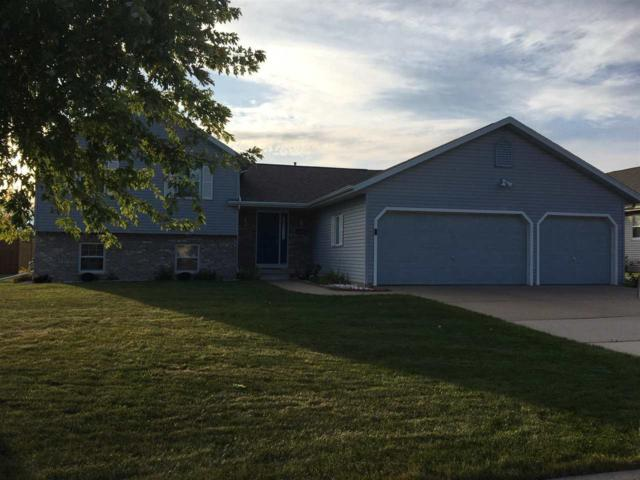 1234 Fieldview Drive, Menasha, WI 54952 (#50171897) :: Dallaire Realty