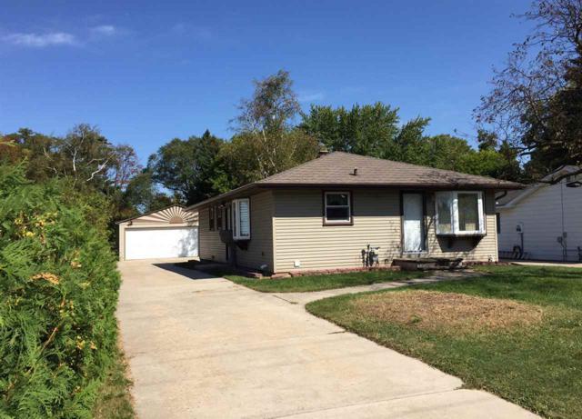 1504 Shawano Avenue, Green Bay, WI 54303 (#50171978) :: Dallaire Realty