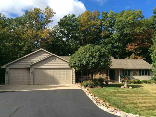 6178 Baywood Circle, Luxemburg, WI 54217 (#50172442) :: Dallaire Realty