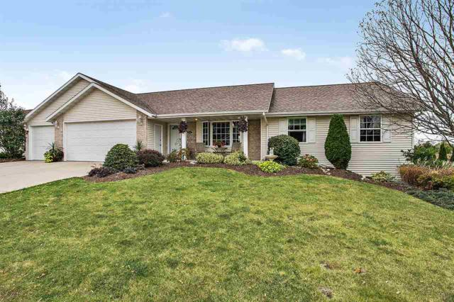 2552 Crystal Springs Drive, Green Bay, WI 54311 (#50172990) :: Todd Wiese Homeselling System, Inc.