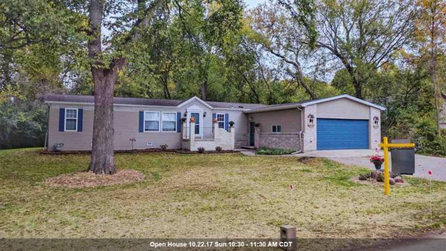 511 Plummers Harbor Road, Neenah, WI 54956 (#50173083) :: Todd Wiese Homeselling System, Inc.