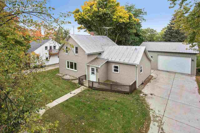 625 1ST Street, Luxemburg, WI 54217 (#50173104) :: Todd Wiese Homeselling System, Inc.