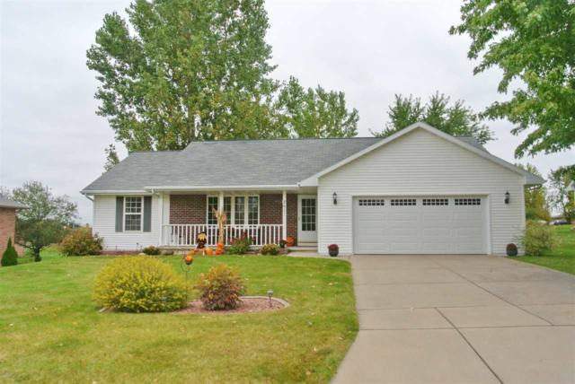 2657 Don Gerard Way, Green Bay, WI 54311 (#50173234) :: Todd Wiese Homeselling System, Inc.