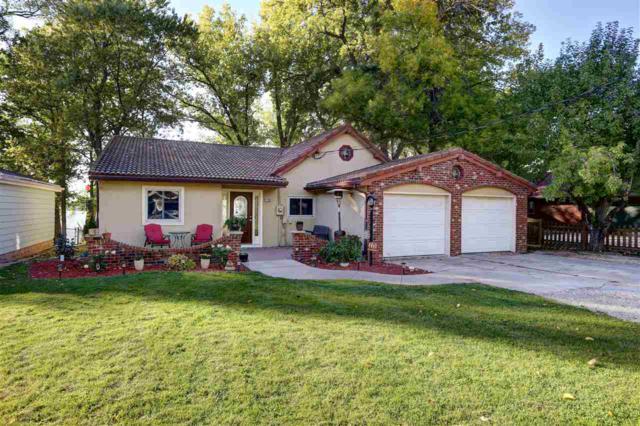 1130 Lakeshore Drive, Menasha, WI 54952 (#50173254) :: Todd Wiese Homeselling System, Inc.
