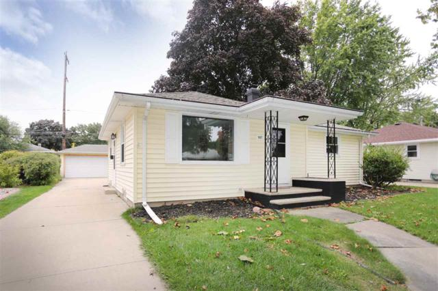 907 E Frances Street, Appleton, WI 54911 (#50173297) :: Todd Wiese Homeselling System, Inc.