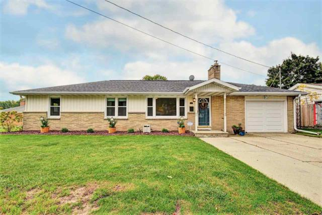 615 Helena Street, De Pere, WI 54115 (#50173317) :: Todd Wiese Homeselling System, Inc.