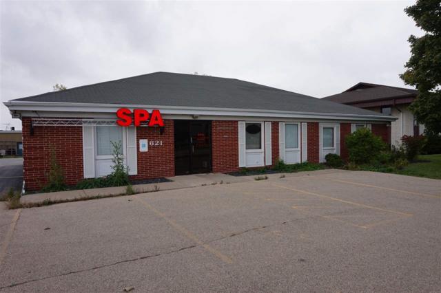 621 N Lynndale Drive, Appleton, WI 54914 (#50173324) :: Todd Wiese Homeselling System, Inc.