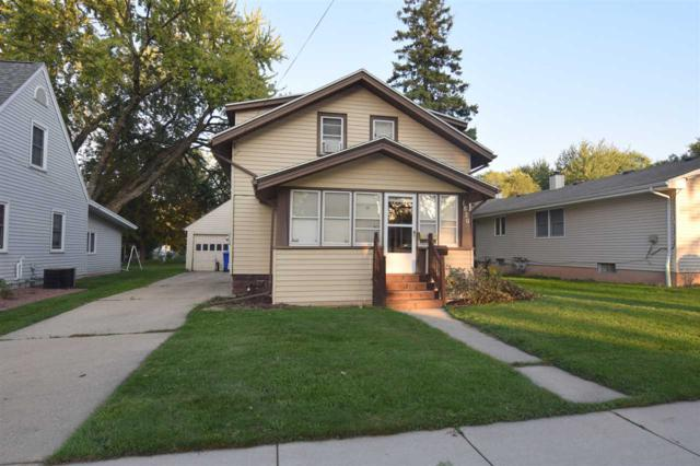 1820 S Jefferson Street, Appleton, WI 54915 (#50173370) :: Todd Wiese Homeselling System, Inc.