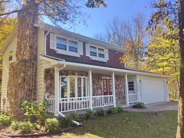 3468 Creekview Road, De Pere, WI 54115 (#50173410) :: Todd Wiese Homeselling System, Inc.