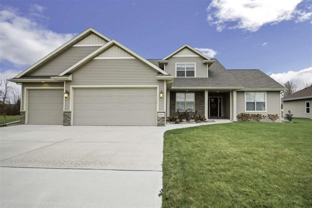 N1041 Glennview Drive, Greenville, WI 54942 (#50174561) :: Dallaire Realty
