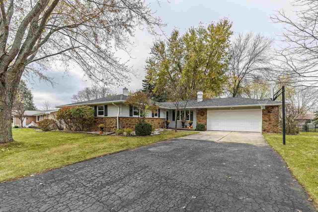 2112 London Road, Green Bay, WI 54311 (#50174656) :: Dallaire Realty
