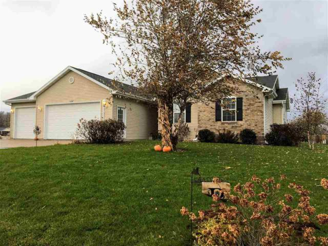 W7068 Buttercup Court, Greenville, WI 54942 (#50174814) :: Dallaire Realty