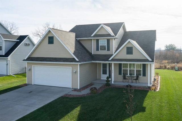 248 Fort Drive, Neenah, WI 54956 (#50174968) :: Dallaire Realty
