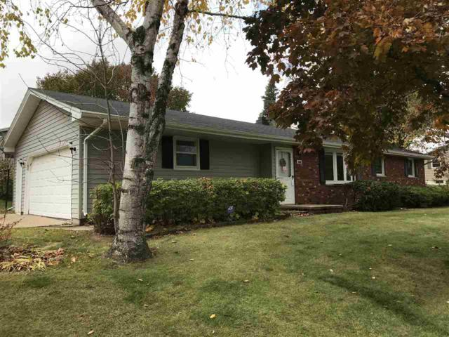 2582 Brookdale Avenue, Green Bay, WI 54313 (#50174974) :: Todd Wiese Homeselling System, Inc.