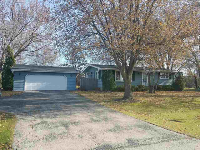 1638 Hwy I, Oshkosh, WI 54902 (#50174993) :: Dallaire Realty