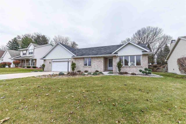 3001 Vercauteren Drive, Green Bay, WI 54313 (#50175154) :: Todd Wiese Homeselling System, Inc.