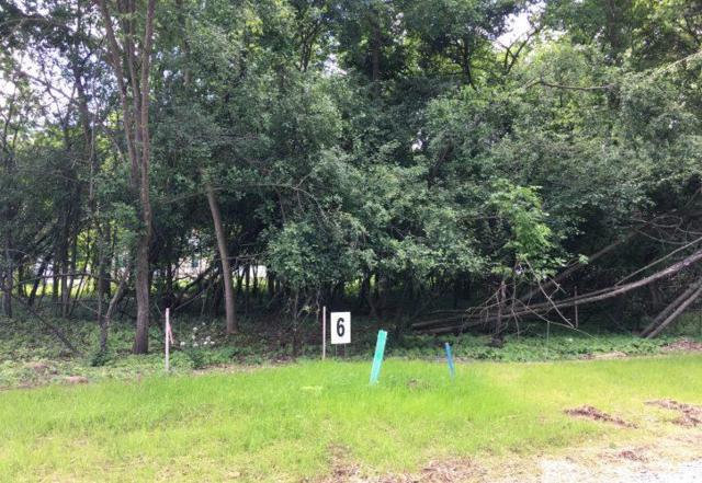 Forestbrook Lane, Appleton, WI 54914 (#50175310) :: Todd Wiese Homeselling System, Inc.