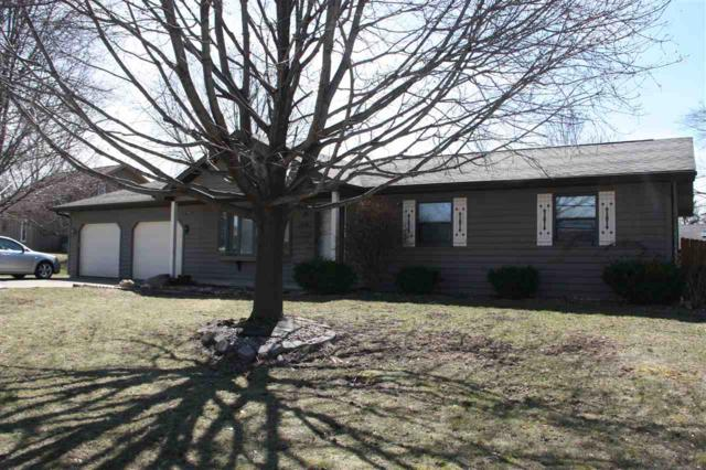 2658 Greenbrier Road, Green Bay, WI 54311 (#50175327) :: Todd Wiese Homeselling System, Inc.