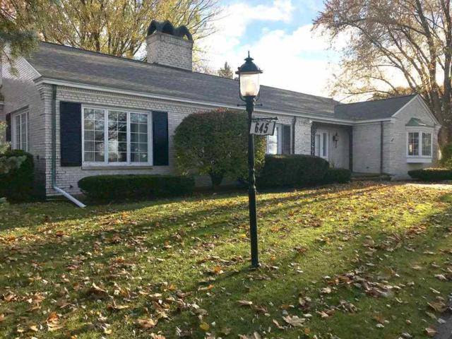 645 Sunset Circle, Green Bay, WI 54301 (#50175559) :: Todd Wiese Homeselling System, Inc.