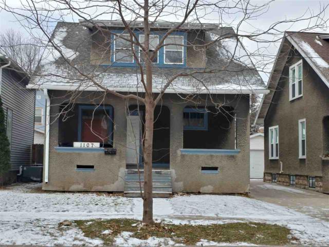 1107 N Durkee Street, Appleton, WI 54911 (#50175567) :: Todd Wiese Homeselling System, Inc.