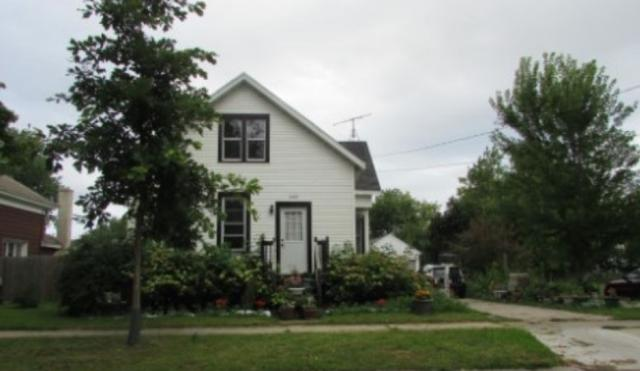 1147 Harvey Street, Green Bay, WI 54302 (#50175613) :: Todd Wiese Homeselling System, Inc.