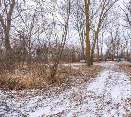 Lakeshore Road, Winneconne, WI 54986 (#50175616) :: Todd Wiese Homeselling System, Inc.