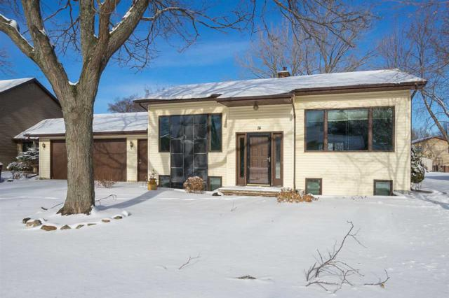 14 Sunray Court, Appleton, WI 54915 (#50175639) :: Todd Wiese Homeselling System, Inc.