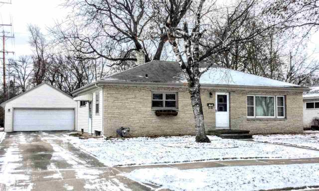 1307 E Marquette Street, Appleton, WI 54911 (#50175644) :: Todd Wiese Homeselling System, Inc.