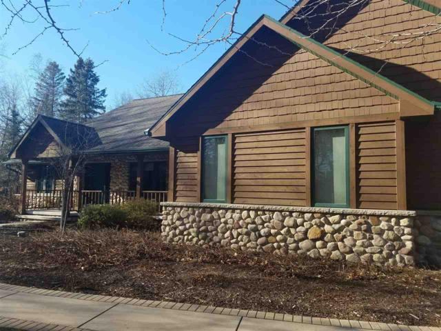 1624 E Apple Creek Road, Appleton, WI 54913 (#50175650) :: Todd Wiese Homeselling System, Inc.