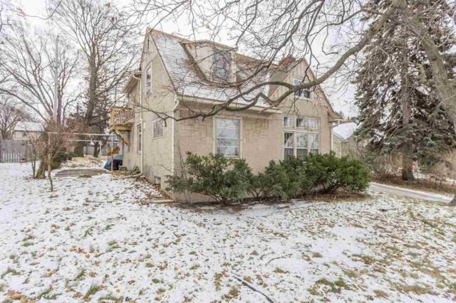 1421 S Monroe Avenue, Green Bay, WI 54301 (#50175659) :: Todd Wiese Homeselling System, Inc.