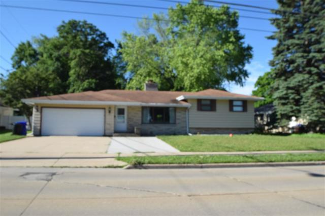 1107 E Calumet Street, Appleton, WI 54915 (#50175669) :: Todd Wiese Homeselling System, Inc.