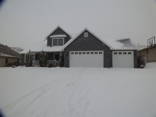 3525 Glen Abbey Drive, Green Bay, WI 54311 (#50175671) :: Todd Wiese Homeselling System, Inc.
