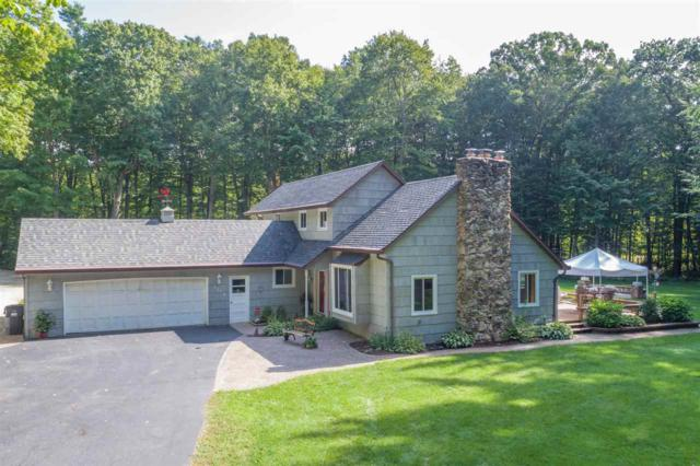 2110 Sylvan Court, Green Bay, WI 54313 (#50175953) :: Dallaire Realty
