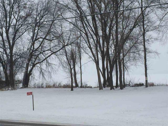 N7967 Lakeshore Drive, Fond Du Lac, WI 54937 (#50176469) :: Symes Realty, LLC