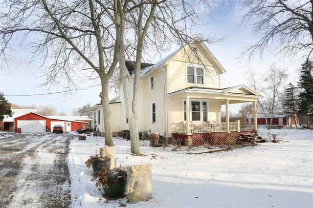 6780 Woodenshoe Road, Neenah, WI 54956 (#50176710) :: Todd Wiese Homeselling System, Inc.
