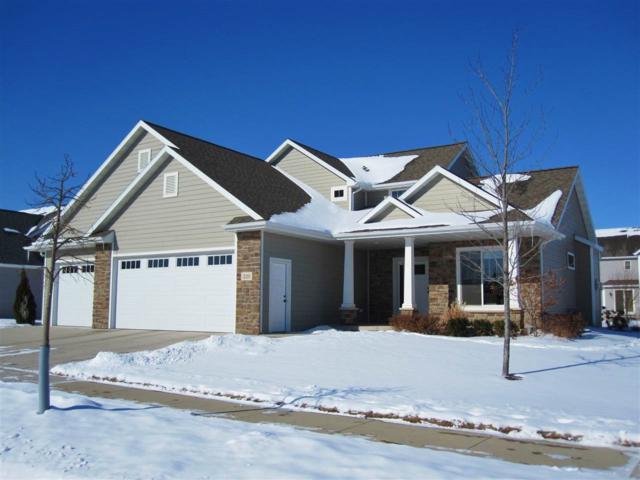 220 E Flintrock Drive, Appleton, WI 54913 (#50177656) :: Dallaire Realty