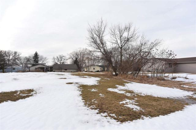 410 Prairie Way, Wrightstown, WI 54180 (#50177744) :: Dallaire Realty