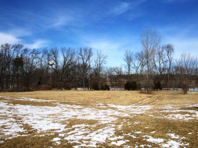 Voyagers Trail, Berlin, WI 54923 (#50178074) :: Todd Wiese Homeselling System, Inc.