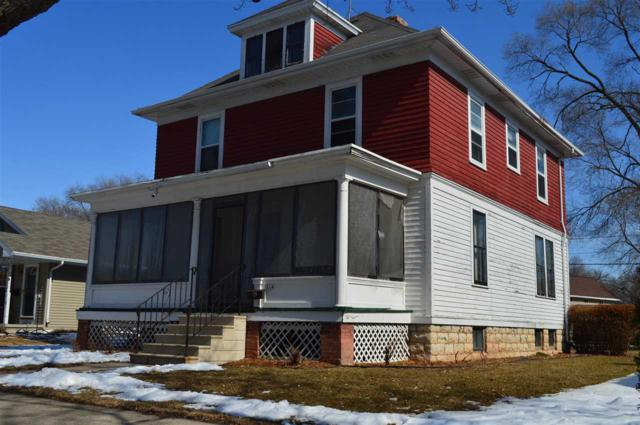 214 N Huron Street, De Pere, WI 54115 (#50178974) :: Todd Wiese Homeselling System, Inc.